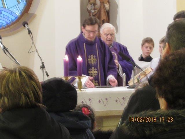 a27030fea Kňazi vo farnosti - [categ]: Kňazi vo farnosti